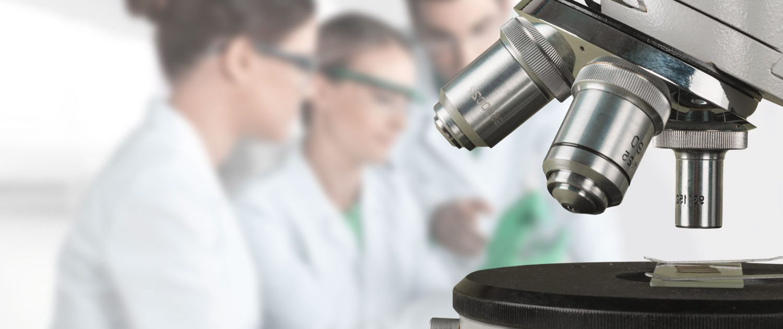 laboratorio control microbiologico